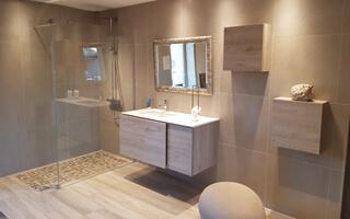 Photo de rénovation de salle de bain
